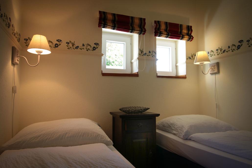 Teilbares Doppelbett - Gästehaus Alter Schwede
